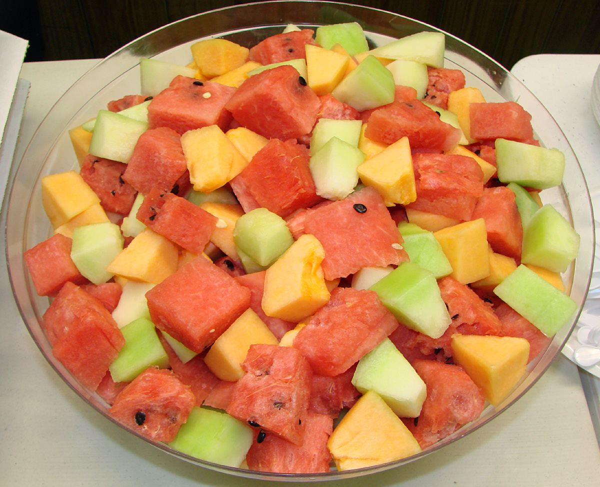 Do any of you enjoy eating fresh fruit bowls despite it giving you ...