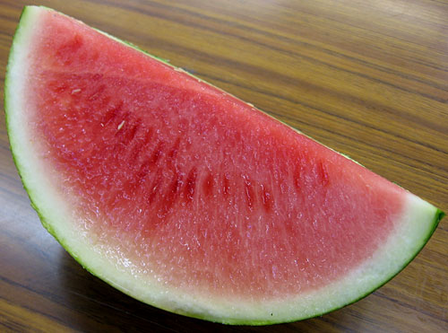 is it safe to eat black watermelon seeds