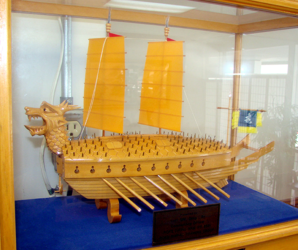 Displaying 20> Images For - Popsicle Stick Boat...