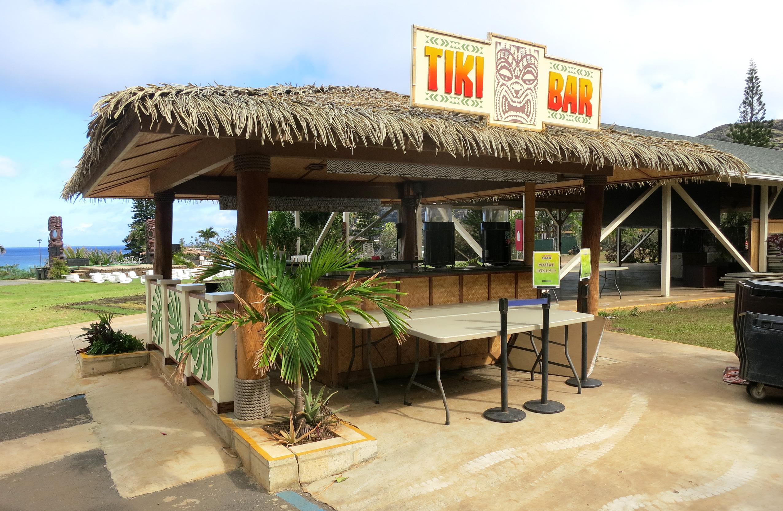 Review tiki bar candy tasty island - Restaurante tiki ...